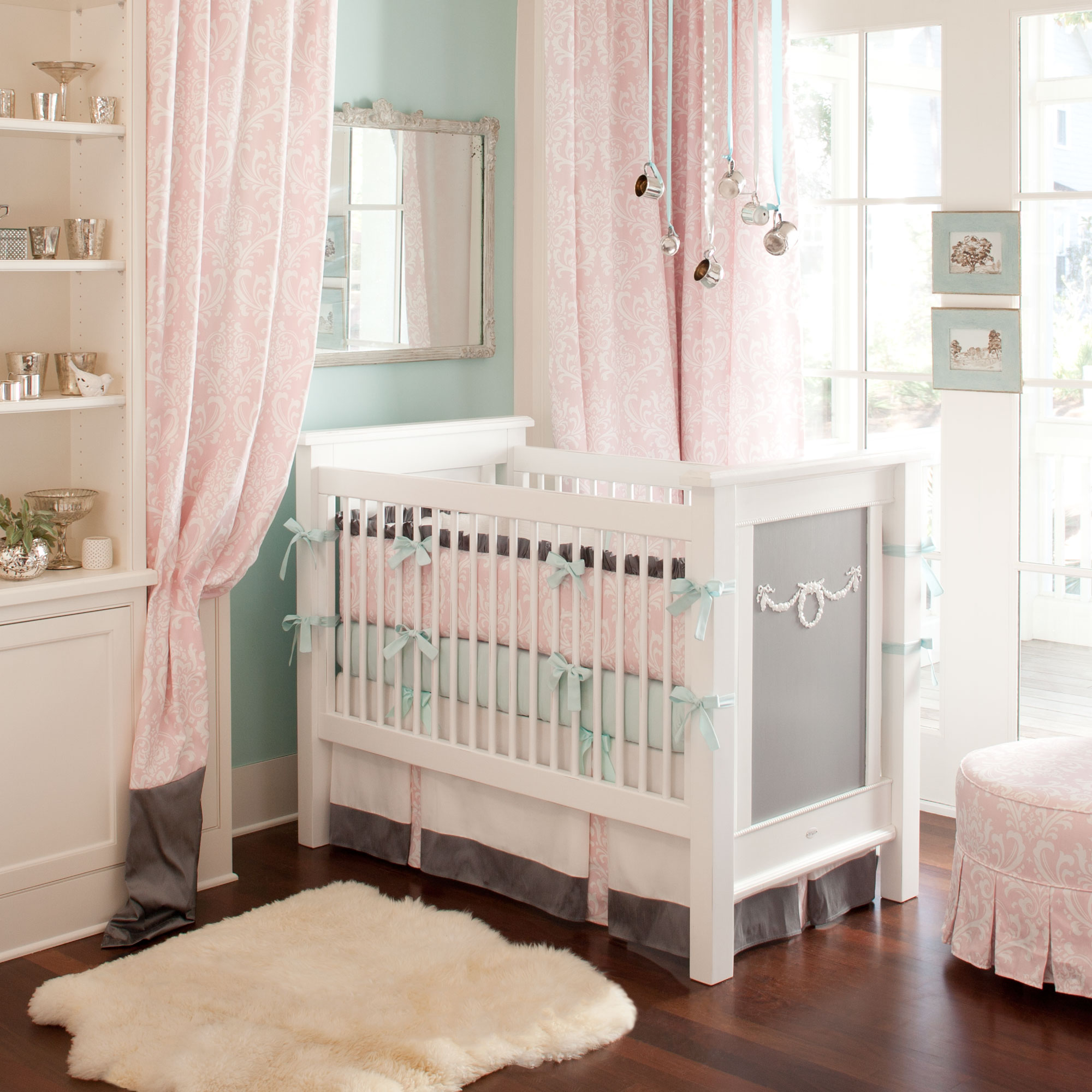 Few Important things you need to know about Baby Bedding Sets