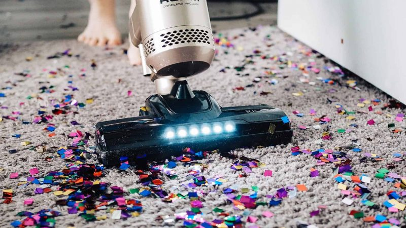 The Advantages Of Using Cordless Hand Held Vacuum Cleaners