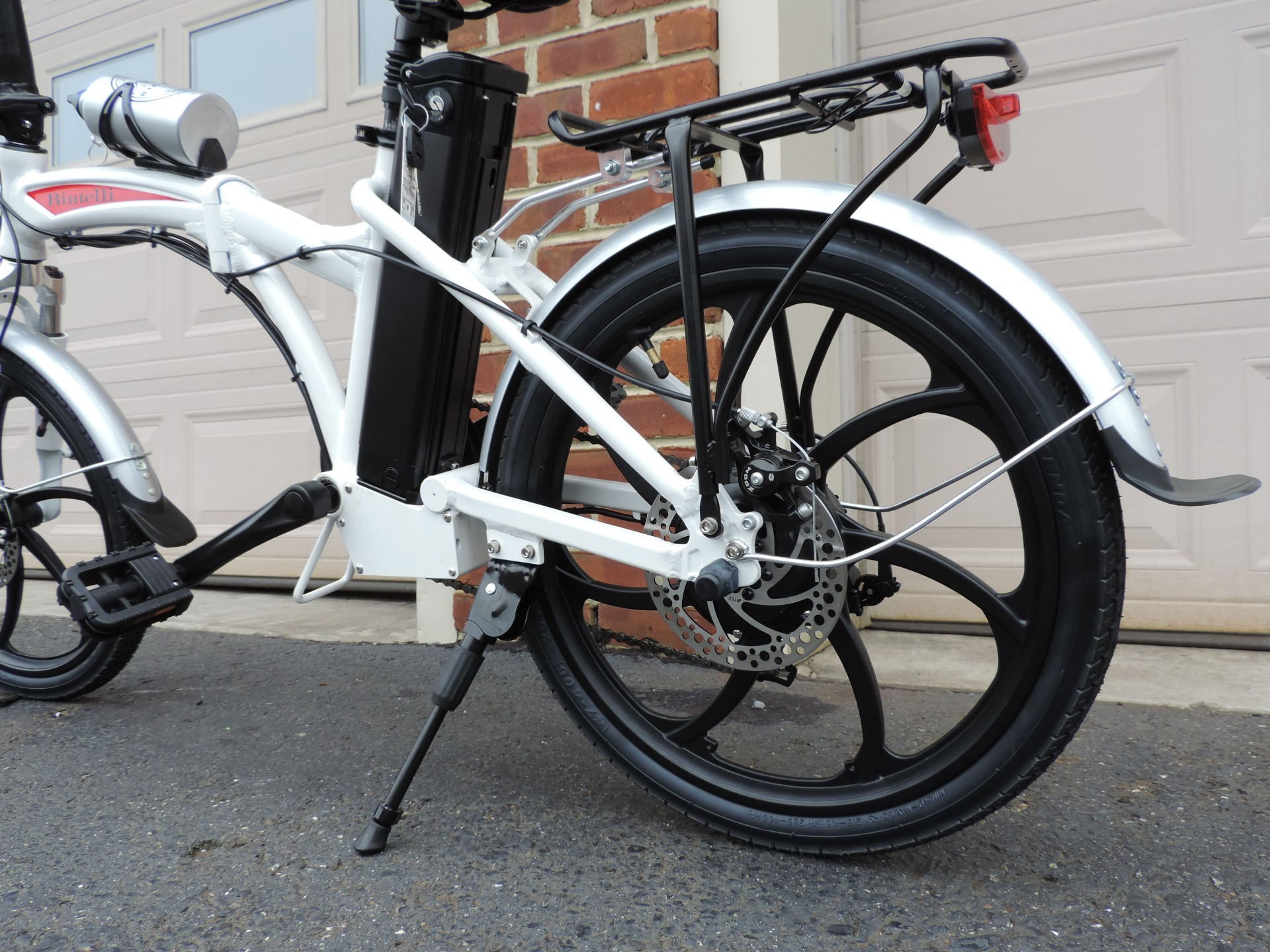 A Guide to Using the Mate X Electric Folding Bike