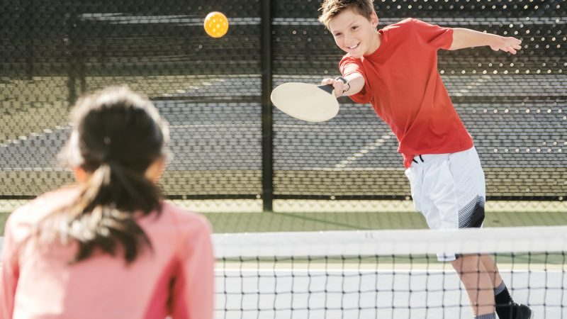 Top Techniques To Play The Pickleball Game – A Guide For Beginners
