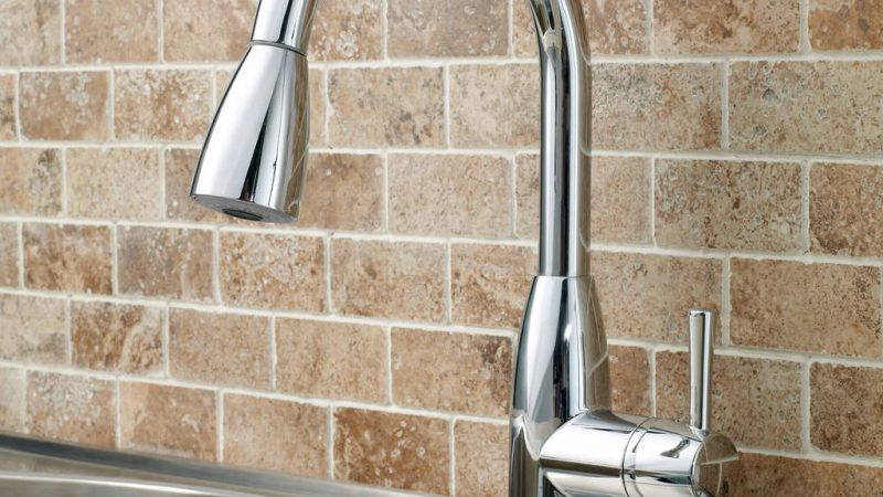 What Are The Different Types Of Kitchen Faucets?